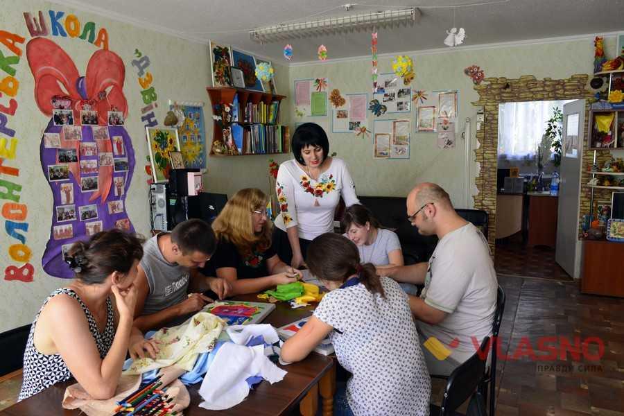 Арт-терапія, уроки кулінарії, освіта та побутові навички — у Бару адаптують дітей з інвалідністю (ФОТО, ВІДЕО)