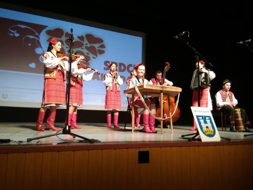 Інваліди з Закарпаття посіли перші місця на міжнародному музичному фестивалі в Словаччині (ФОТО)