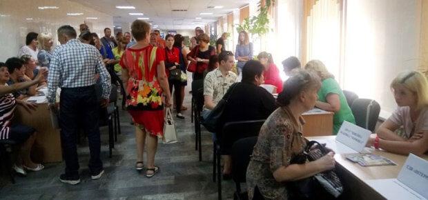 У Кропивницькому відбувся ярмарок вакансій для людей з інвалідністю. кропивницький, працевлаштування, центр зайнятості, ярмарок вакансій, інвалідність