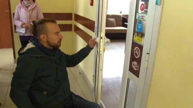 Ужгородські заклади перевіряють на доступність для людей з обмеженими можливостями (ВІДЕО)