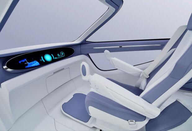 Toyota построила электрокар для людей в инвалидной коляске. toyota concept-i ride, автомобіль, автосалон, инвалидная коляска, электрокар