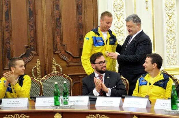 Кожен з вас є прикладом для багатьох поранених українських воїнів – Президент українським призерам «Ігор Нескорених». ігри нескорених, петро порошенко, військовослужбовець, змагання, спортсмен