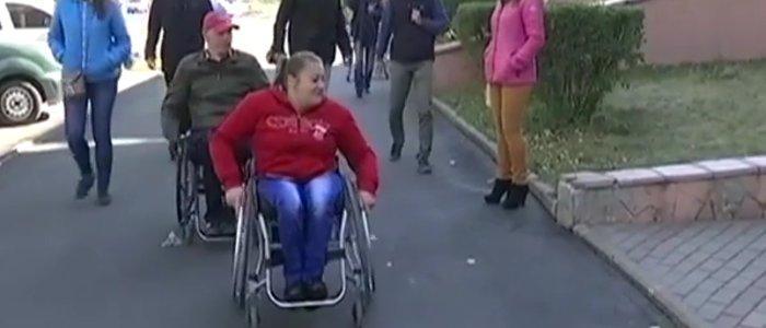 За паспортом на руках: что преодолевают инвалиды-переселенцы в Краматорске (ВИДЕО)