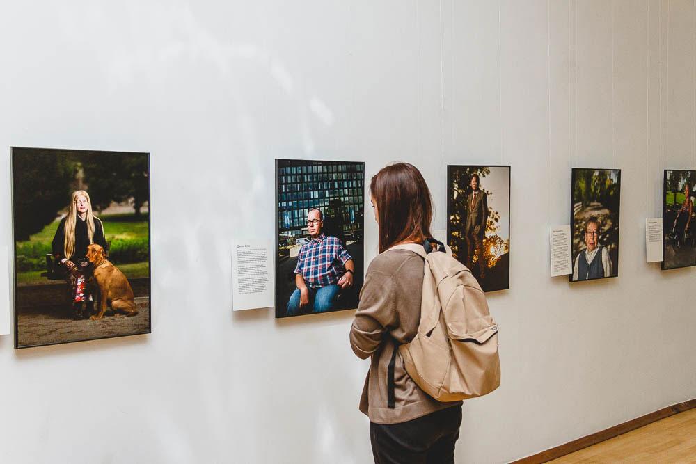 Відкриття фотовиставки «РівноДоступність. Жити гідно всупереч долі» (ФОТО)