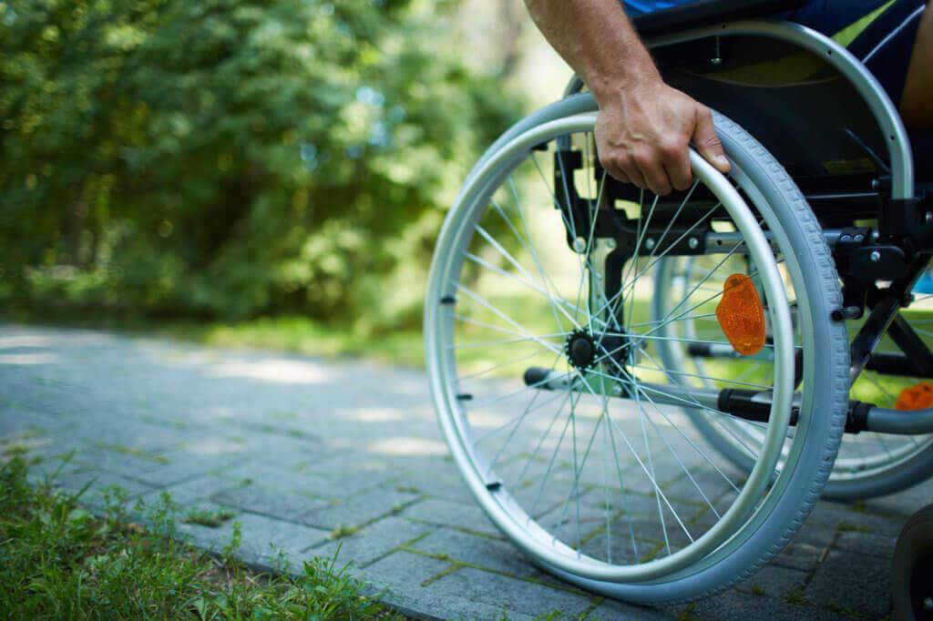 Для комфортного переміщення інвалідів АТО. запорізька область, доступність, моніторинг, інвалід ато, інвалідність, bicycle, outdoor, tree, wheel, bicycle wheel, bike, land vehicle, person, tire, vehicle. A man riding on the back of a bicycle