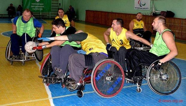 У Житомирі відбувся відкритий турнір Житомирської області з регбі на візках. житомир, візочник, змагання, регбі, інвалідний візок