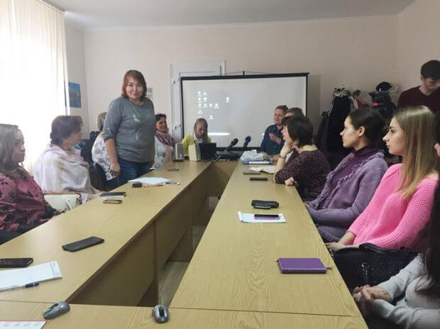 У Житомирі провели майстер-клас з аудіодискрипції. житомир, аудіодискрипція, екскурсія, майстер-клас, незрячий