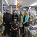 Світлина. Мар'яна Процайло: «Я завжди прагну до кращого». Вперше в Україні дівчина в інвалідному візку працює касиром. Інтерв'ю, інвалідність, інвалідний візок, Вінниця, касир, Мар'яна Процайло