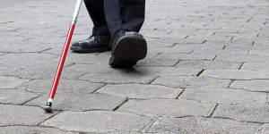 13 листопада – Міжнародний день сліпих. валентин гаюї, луї брайль, міжнародний день сліпих, незрячий, шрифт унціал