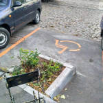 В Одессе появилась самая нелепая парковка для людей с инвалидностью (ФОТО)