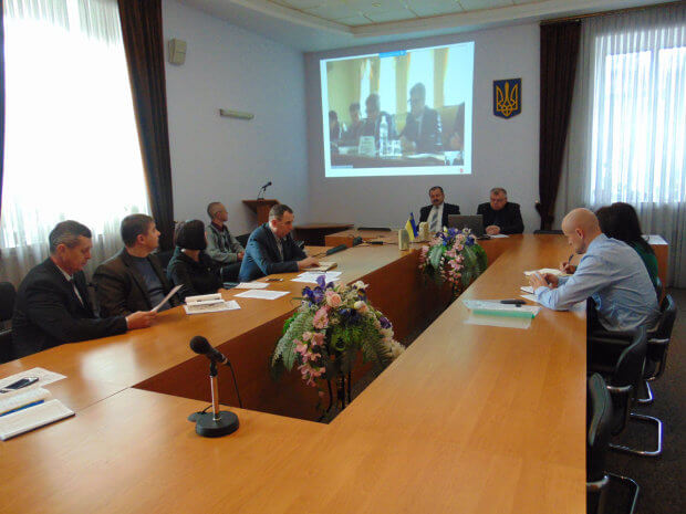 Нагальним залишається питання вдосконалення державних будівельних норм в питанні забезпечення доступності людей з інвалідністю,- Уповноважений Президента України з прав людей з інвалідністю. хмельниччина, будівельні норми, доступність, засідання, інвалідність