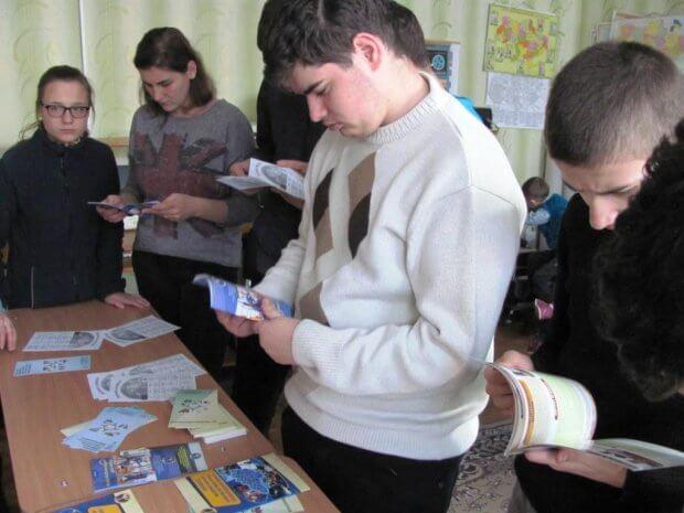 Плануємо професійні і життєві перспективи: у Кропивницькому відбувся інтерактивний захід для дітей з вадами здоров´я. кропивницький, вади здоров'я, центр зайнятості, інвалідність, інтерактивний захід