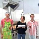 21-летний киевлянин открыл первую в Украине пекарню, где работают люди с интеллектуальными нарушениями