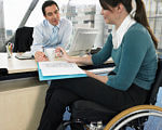 Одесская областная служба занятости помогает инвалидам найти работу. одесская область, адаптація, инвалидность, служба занятости, трудоустройство, person, woman, clothing, indoor, computer. A woman sitting at a table