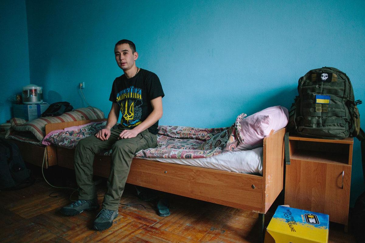 Жизнь после войны. Как боец АТО стал студентом (ФОТО)