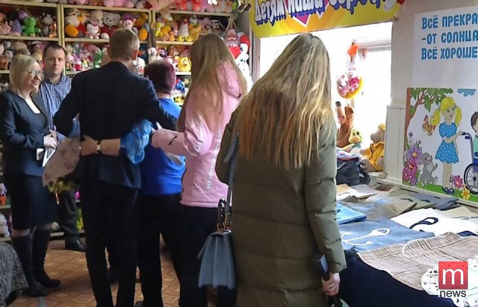 В Мариуполе открылась социальная швейная мастерская (ФОТО)