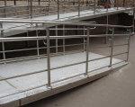 Установи зі статусом національних зобов'язали стати пристосованими для інвалідів. доступність, національна установа, супровід, указ, інвалідність, building, steel, metal, composite material. A building with a metal fence