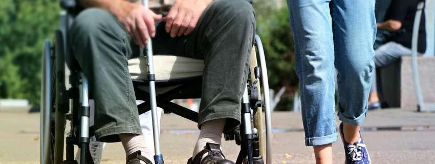 ВР замінила термін «інвалід» на «людина з інвалідністю» у 44 законах. Чому це важливо?