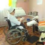 Єдина в Україні. У Вінницькій області акушер-гінеколог на візку лікує безпліддя
