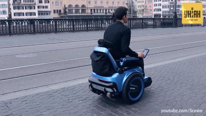 """В Швейцарії винайшли гусеничний візок-""""всюдихід"""" для людей з обмеженими можливостями (ВІДЕО)"""