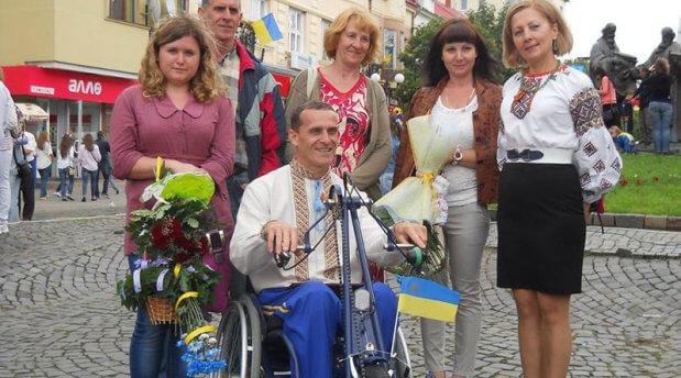 Як закарпатець в інвалідному візку потрапив до Книги рекордів Гіннесса ОЛЕКСАНДР СУХАН ЕКСПЕДИЦІЯ СУПЕРМАРАФОН ТРАВМА ІНВАЛІДНИЙ ВІЗОК