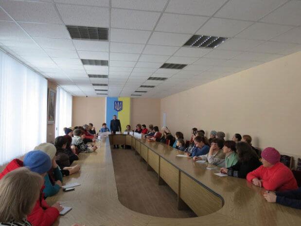 «Круглий стіл» з питань соціального захисту осіб з інвалідністю. ніжин, круглий стіл, соціальний захист, інвалідизація, інвалідність