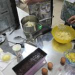 Світлина. Унікальна пекарня: у Вінниці люди із синдромом Дауна й аутизмом печуть кекси. Робота, інвалідність, аутизм, Вінниця, синдром Дауна, пекарня
