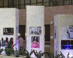 """""""Нескорена краса"""" на Суспільному – експозиція, яка покликана зруйнувати стереотипи про жінок з інвалідністю. київ, оксана кононець, проект нескорена краса, інвалідність, інклюзивність, person, clothing, several. A group of people standing in front of a building"""