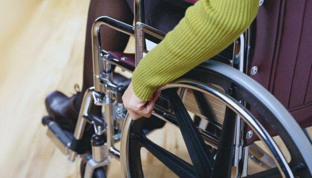 Пільги по інвалідності 2018: які виплати можуть отримати українці ПЕНСІЯ ПІЛЬГА СОЦІАЛЬНА ГАРАНТІЯ СТРАХОВИЙ СТАЖ ІНВАЛІДНІСТЬ