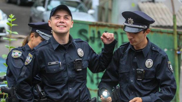 Мова жестів – для поліцейського. навчання, поліцейський, проект, інвалідність, інклюзивність