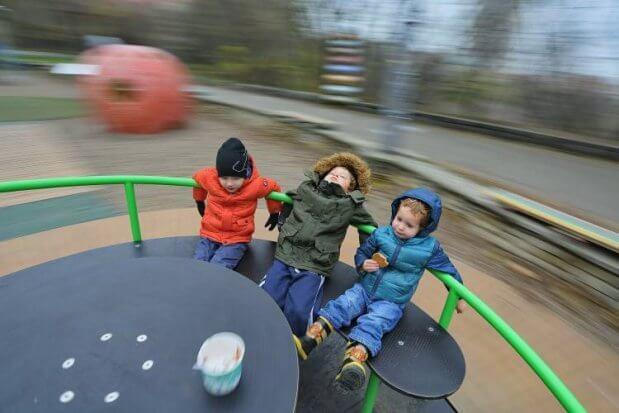 Діти з інвалідністю тепер мають ігрові зони в Києві. київ, волонтер, ігрова зона, інвалідність, інклюзивний