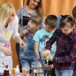 Світлина. В інформцентрі ЮУАЕС дітям з обмеженими можливостями розповіли про дбайливе ставлення до природи. Новини, соціалізація, Южноукраїнськ, природа, ЮУАЕС, екологічна програма