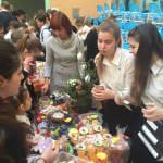 Прес-реліз: Столичні школярі на підтримку дітей з аутизмом влаштували ярмарок
