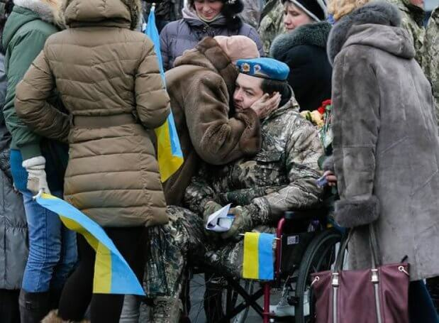 Служити після травми: Навіщо армії комісовані бійці. військова служба, військовослужбовець, комісований, контракт, інвалід