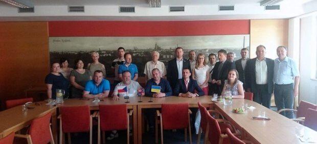Закарпатці прийняли участь в міжнародному семінарі в Чехії ЧЕХІЯ ДОПОМОГА СЕМІНАР СПІВРОБІТНИЦТВО ІНВАЛІД