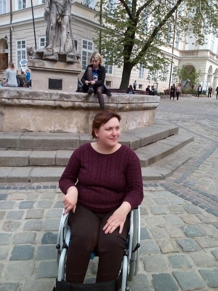 Дівчина відверто розповіла про хамство і знущання лікарів на комісії МСЕК у Львові