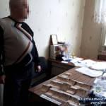 Поліція викрила двох медиків, які вимагали хабарі за оформлення груп інвалідності