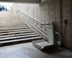 Опыт подземных переходов у одесского вокзала могут распространить на всю железную дорогу. одесса, вокзал, инвалидная коляска, подземный переход, подъёмник, stairs, ground, concrete, stone, step, cement, stair. A person sitting on a bench