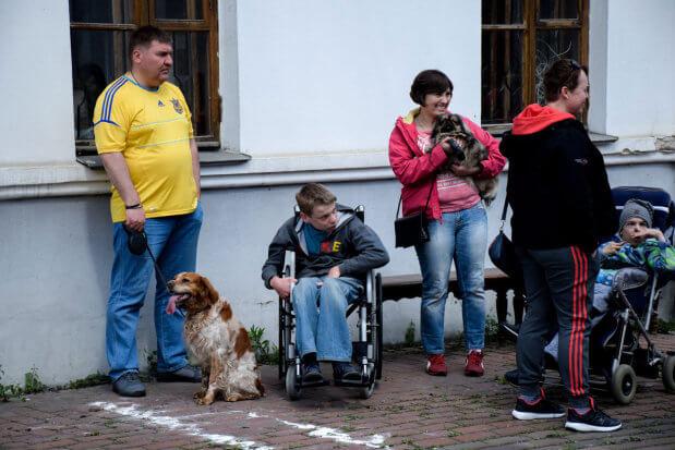 В Киеве впервые показали, как собаки могут помочь особенным детям. киев, инвалидность, кинестерапия, параспортивные игры dog puller, соревнование