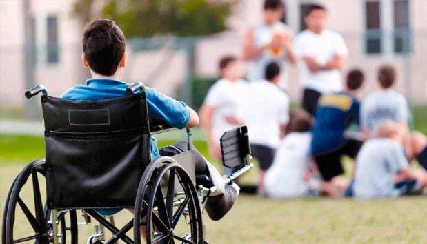 Тільки 500 осіб: кому на ЗНО нададуть особливі умови. зно, випускник, особливими освітніми потребами, тестування, інвалідність