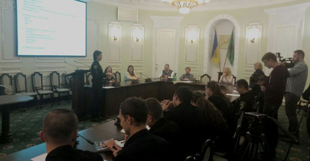 Харківські поліцейські склали іспит з жестової мови