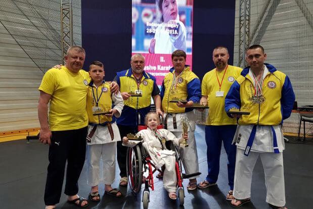 Маріупольські каратисти взяли на чемпіонаті світу дев'ять медалей. змагання, пара-карате, спортсмен, турнір, чемпіонат світу