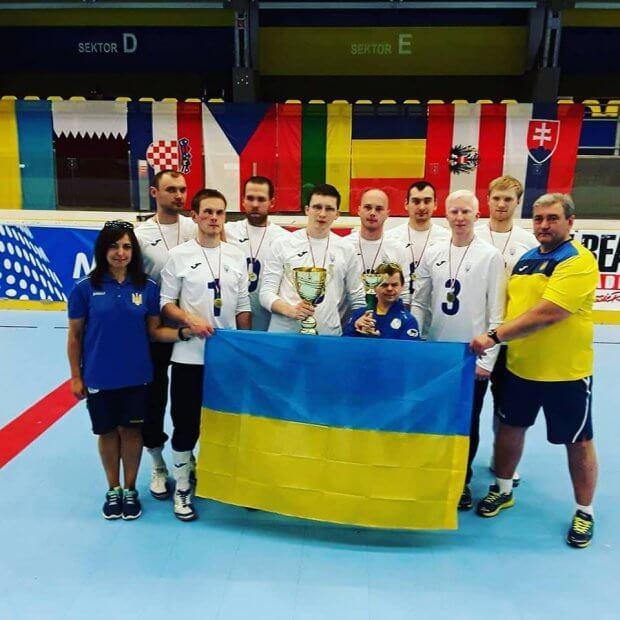Національна паралімпійська збірна команда з голболу (чоловіки) стала першою на міжнародному турнірі. голбол, команда, паралімпійська збірна, перемога, турнір