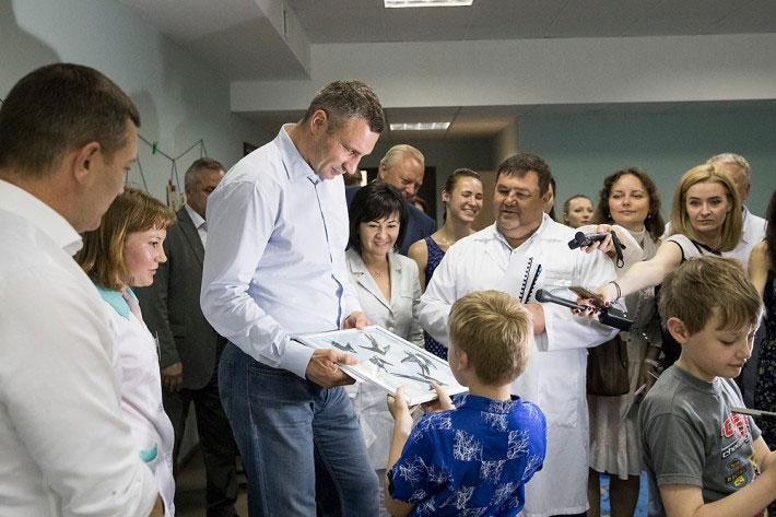 Кличко: Ми відкрили унікальне відділення санаторно-курортного лікування для дітей з обмеженими можливостями (ФОТО)