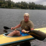 Боєць, що втратив ногу на війні, пройшов по Дністру на гумовому човні