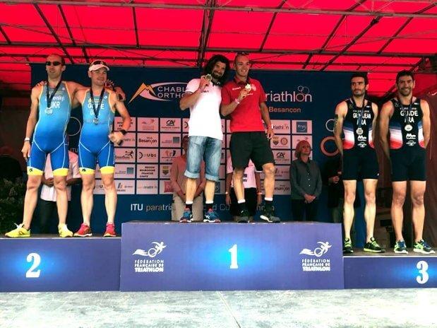 Дві нагороди привезли українські паратриатлоністи з кубку світу. кубок світу, змагання, медаль, паратриатлон, спортсмен