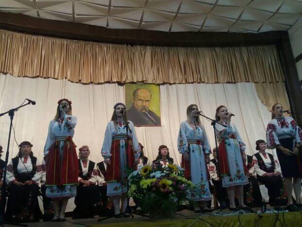 На Львівщині відзначили 55-річчя народного жіночого вокального ансамблю «Струмочок». львівщина, утос, ансамбль струмочок, колектив, концерт