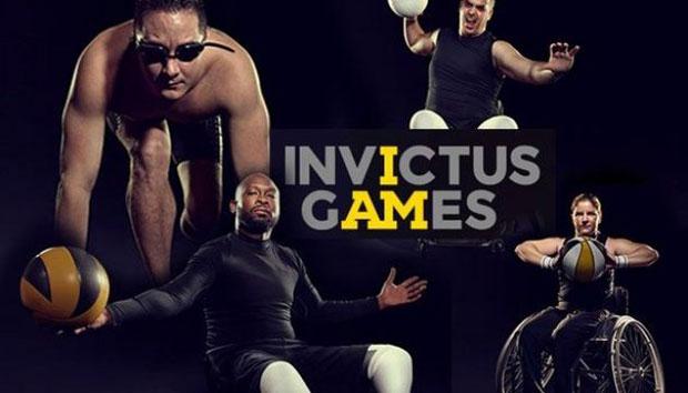 Українській делегації у Сіднеї передали офіційний прапор Invictus Games 2018. invictus games, ігри нескорених, сідней, змагання, прапор, person, woman, outdoor, player, human face, female, clothing, poster, smile, beautiful. A woman with a racket