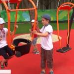 Майданчик рівних можливостей: у Дніпрі відкрили перший в Україні інклюзивний парк для дітей (ВІДЕО)