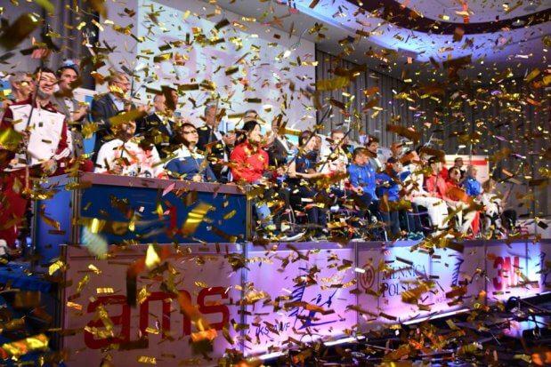 Українські пара-фехтувальники повернулись додому з 10 медалями етапу кубку світу. кубок світу, команда, паралимпиец, спортсмен, фехтування